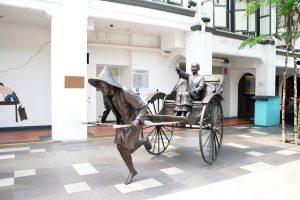 Rickshaw Sculpture in Chinatown