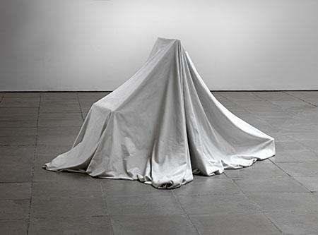 ryan_gander_i_is-_-_-_i_2012_marble_courtesy_the_artist_and_lisson_gallery_ryan_gander_