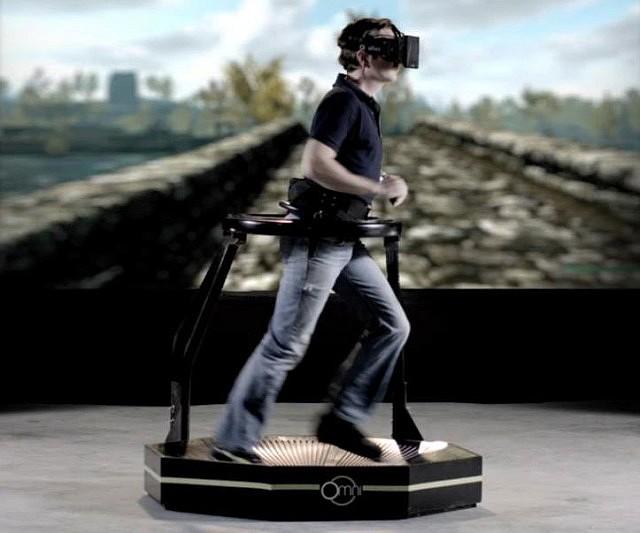 virtual-reality-gaming-treadmill2-640x533
