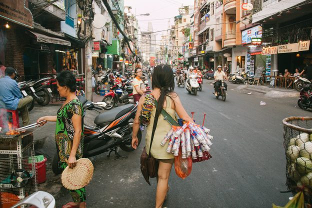 Reading Response: Seen and unseen, Ho Chi Minh City's Sidewalk Life CH 1