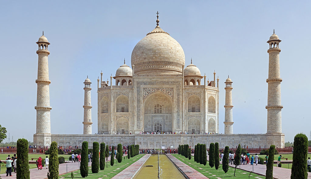 1024px-Taj_Mahal_2012