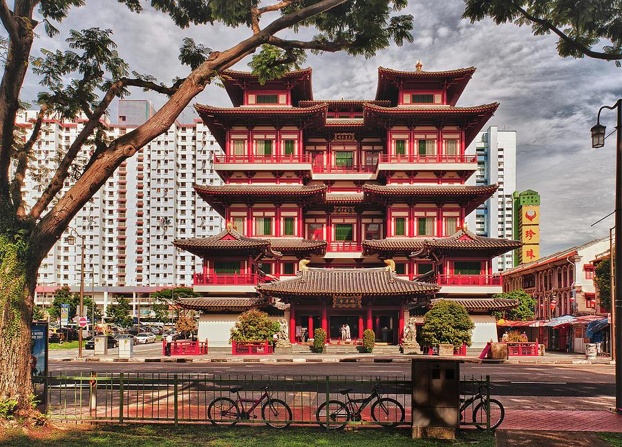 buddha-tooth-relic-temple-street-view-paul-w-sharpe-aka-wizard-of-wonders