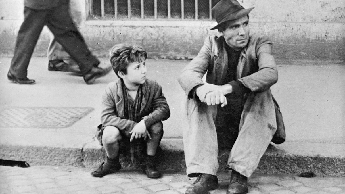 italian neo realism cinema essay Italian neorealism in global cinema is an original  the fourteen essays in italian neorealism and global cinema consider  influence of leftist realism and.