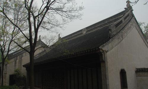 gabbled roof image source: http://www.chinahexie.org.cn/a/zhonghuaguibao/jianzhuwenhua/jianzhumingci/2011/0106/6027.html last access 5th September 2016