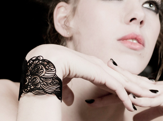 image source: http://www.brit.co/haute-high-tech-20-must-have-pieces-of-3d-printed-jewelry/ last access 12th Oct 2016