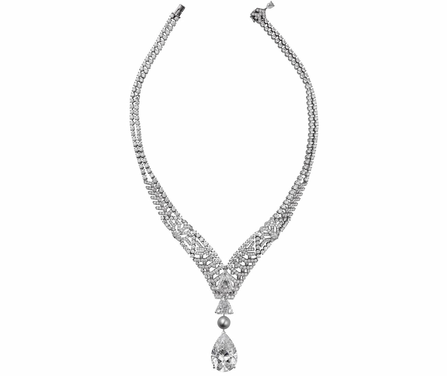 cartier royal collection diamond necklace image source: http://pursuitist.com/cartiers-30ct-diamond-alternates-between-a-necklace-and-a-ring/ last access 12 Oct 2016
